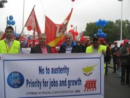 Στη διαδήλωση των ευρωπαϊκών συνδικάτων στις Βρυξέλλες με την αποστολή του ΣΕΚ (09/2010)